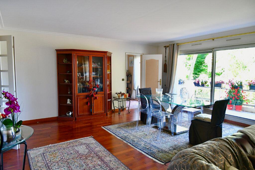 Appartement à vendre 5 120m2 à Bry-sur-Marne vignette-2