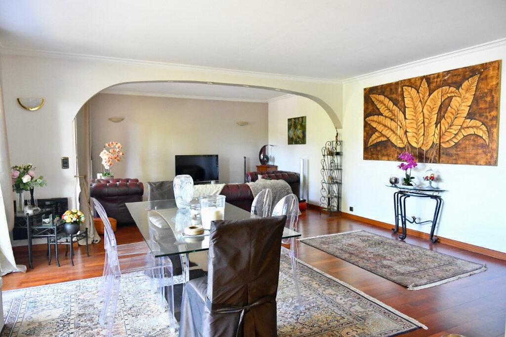 Appartement à vendre 5 120m2 à Bry-sur-Marne vignette-3