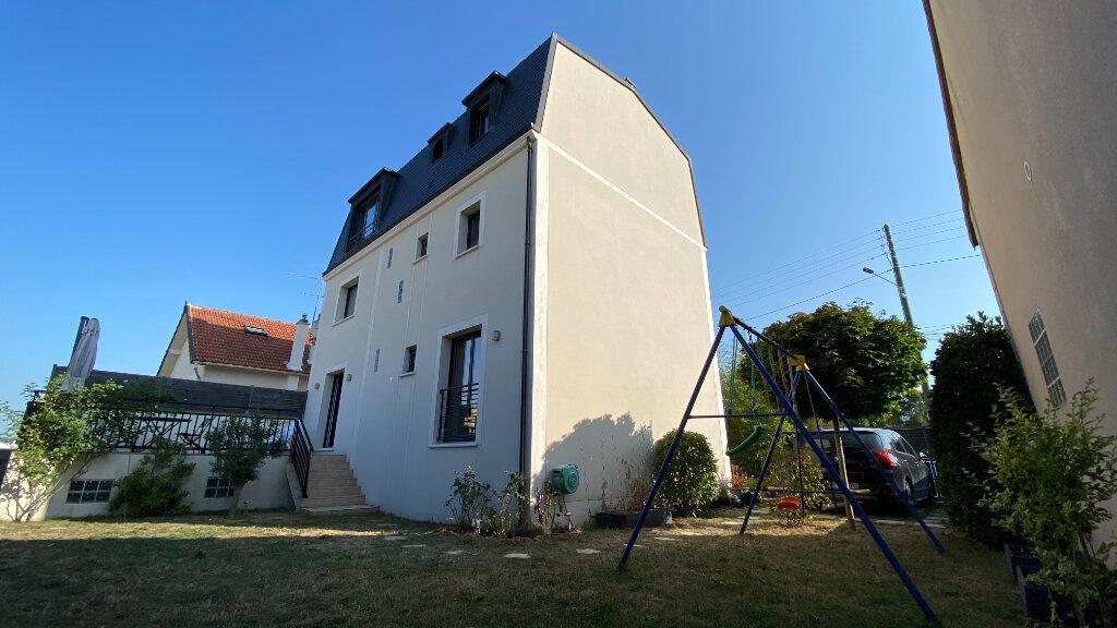Maison à vendre 6 170m2 à Bry-sur-Marne vignette-6
