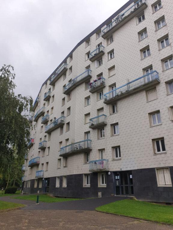 Appartement à louer 4 72.76m2 à Aulnay-sous-Bois vignette-8