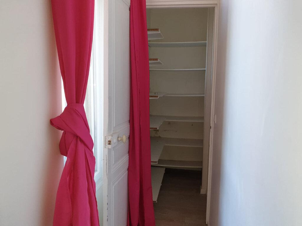 Appartement à louer 2 35m2 à Rosny-sous-Bois vignette-5