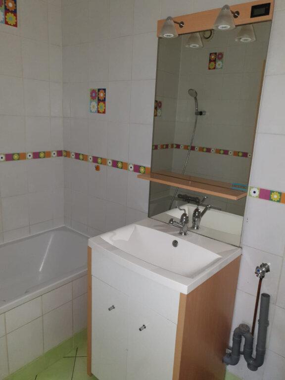 Appartement à louer 4 83m2 à Aulnay-sous-Bois vignette-6