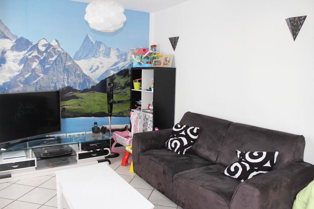 Appartement à vendre 4 78.9m2 à Saint-Quentin vignette-2