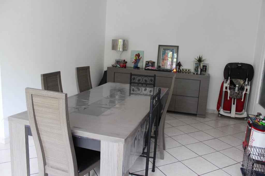 Appartement à vendre 4 78.9m2 à Saint-Quentin vignette-3