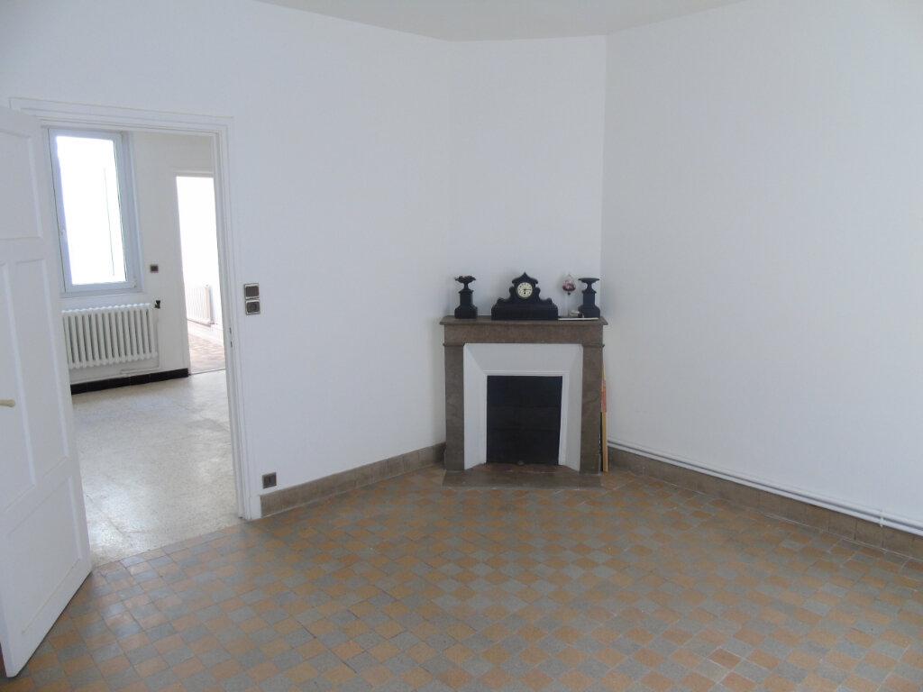 Maison à vendre 4 79.36m2 à Saint-Quentin vignette-2