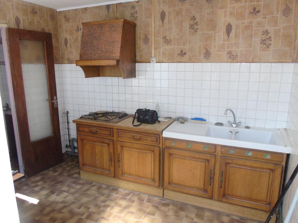 Maison à vendre 4 79.36m2 à Saint-Quentin vignette-3