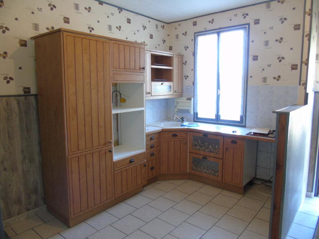 Maison à vendre 3 81m2 à Neuville-Saint-Amand vignette-2
