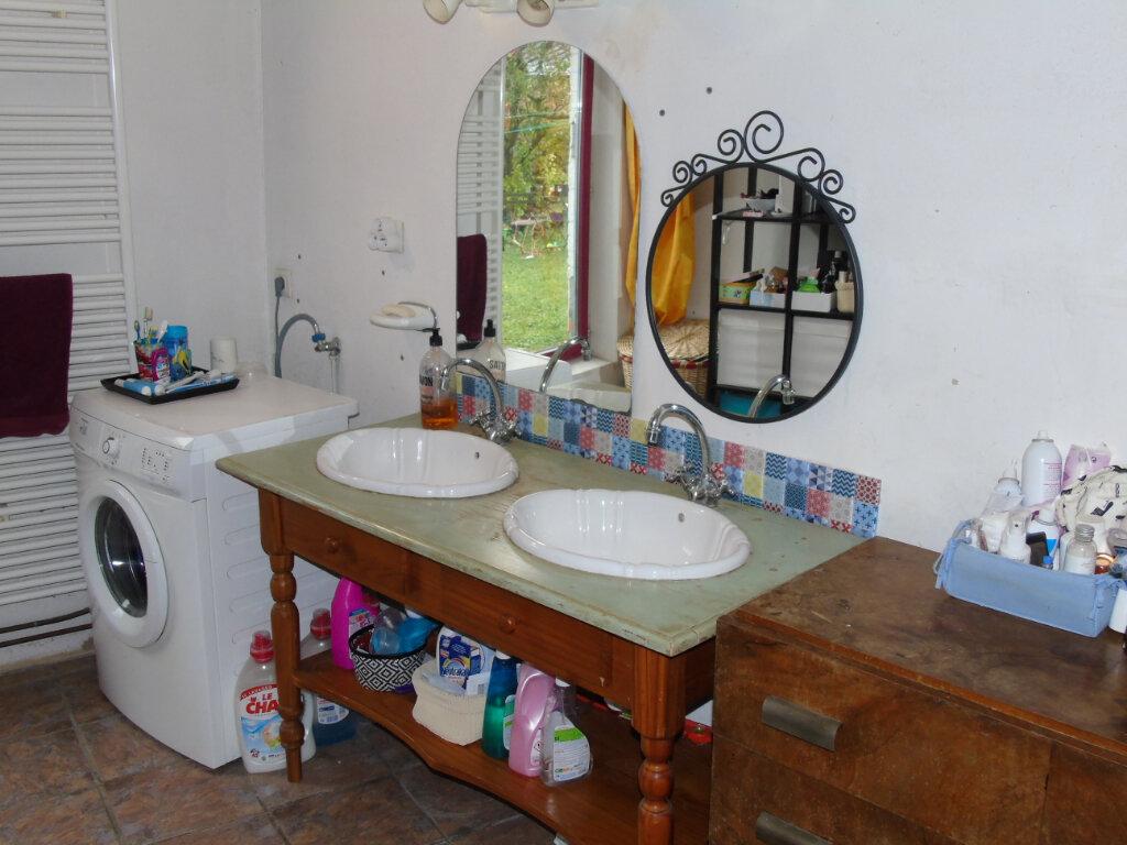 Maison à vendre 4 110.51m2 à Origny-Sainte-Benoite vignette-6