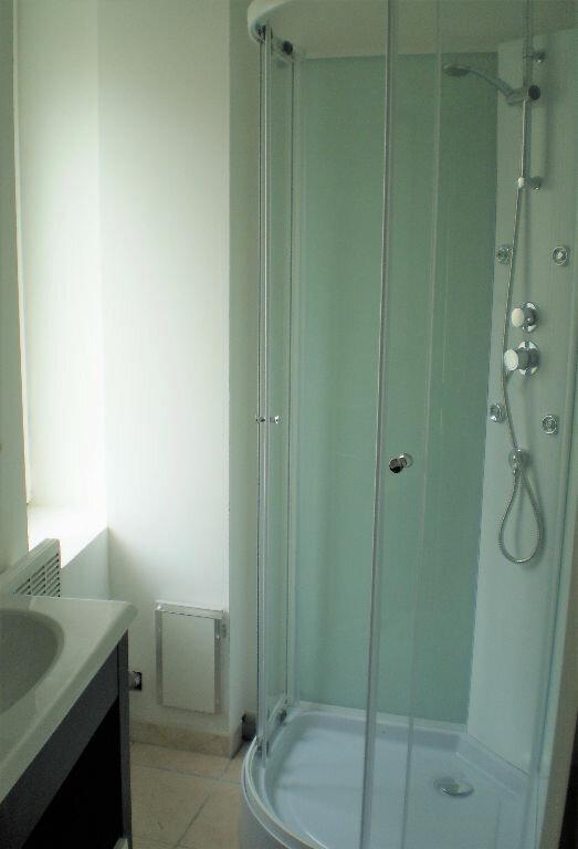 Appartement à louer 1 25m2 à Saint-Quentin vignette-6