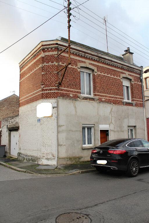 Maison à vendre 5 95m2 à Saint-Quentin vignette-1