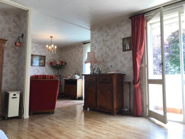 Appartement à vendre 4 67m2 à Saint-Quentin vignette-3
