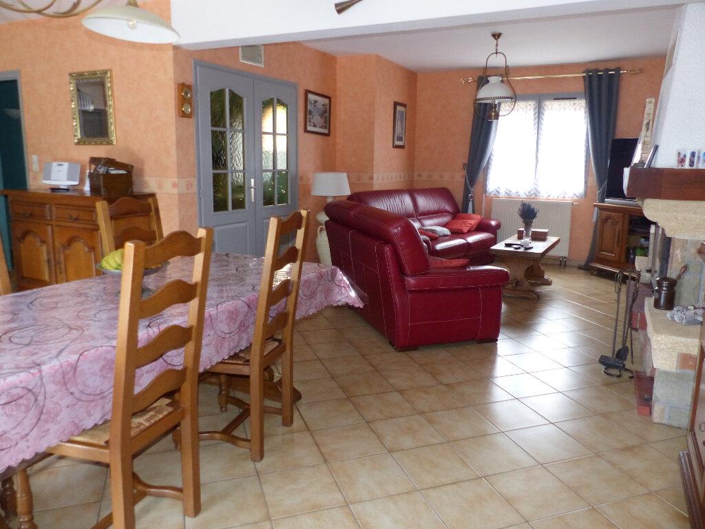 Maison à vendre 5 125m2 à Pontruet vignette-6