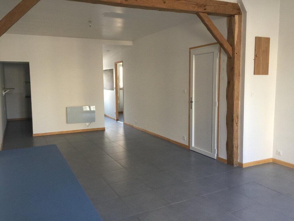 Appartement à louer 1 45m2 à Saint-Quentin vignette-1