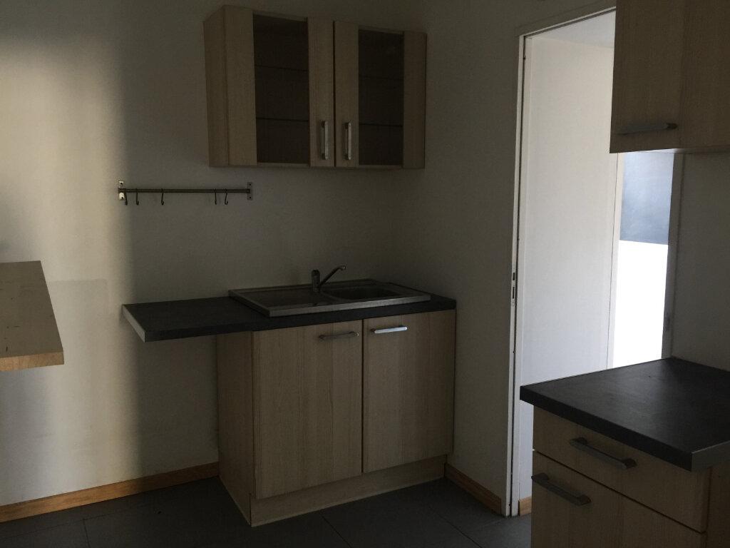 Appartement à louer 1 45m2 à Saint-Quentin vignette-3