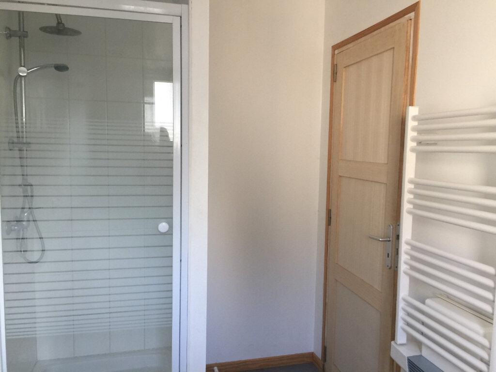 Appartement à louer 1 45m2 à Saint-Quentin vignette-4