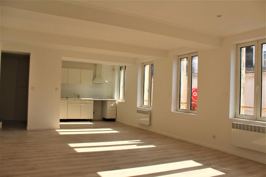 Maison à vendre 8 198m2 à Saint-Quentin vignette-2