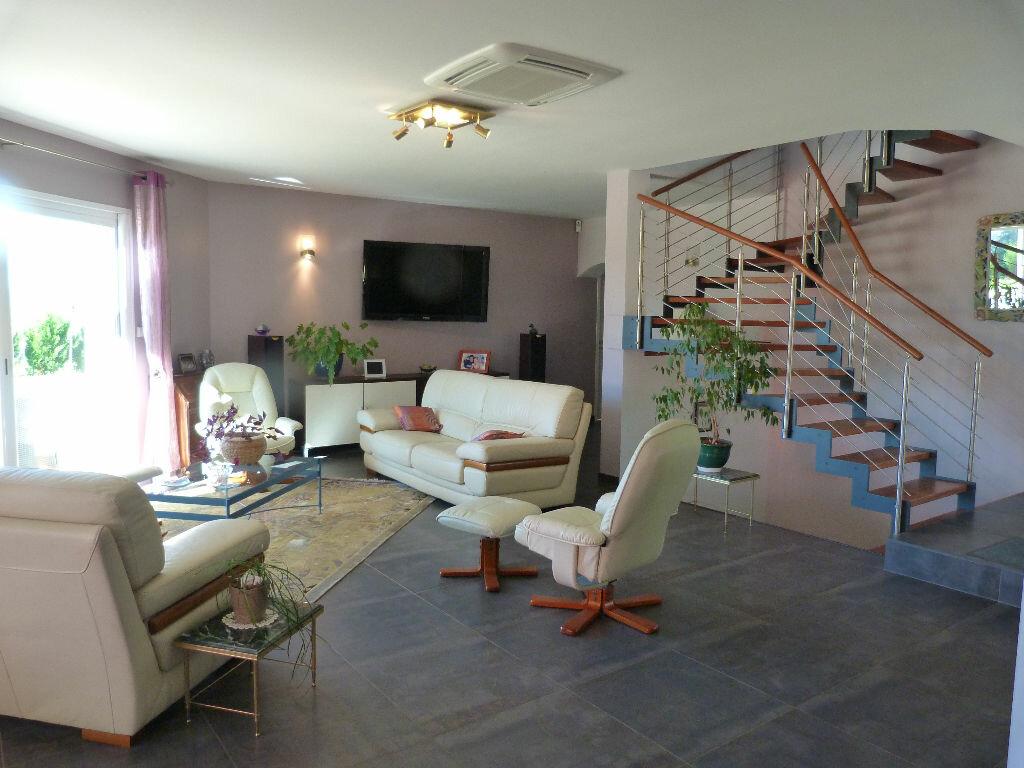 Maison à vendre 7 180m2 à Les Avenières vignette-2
