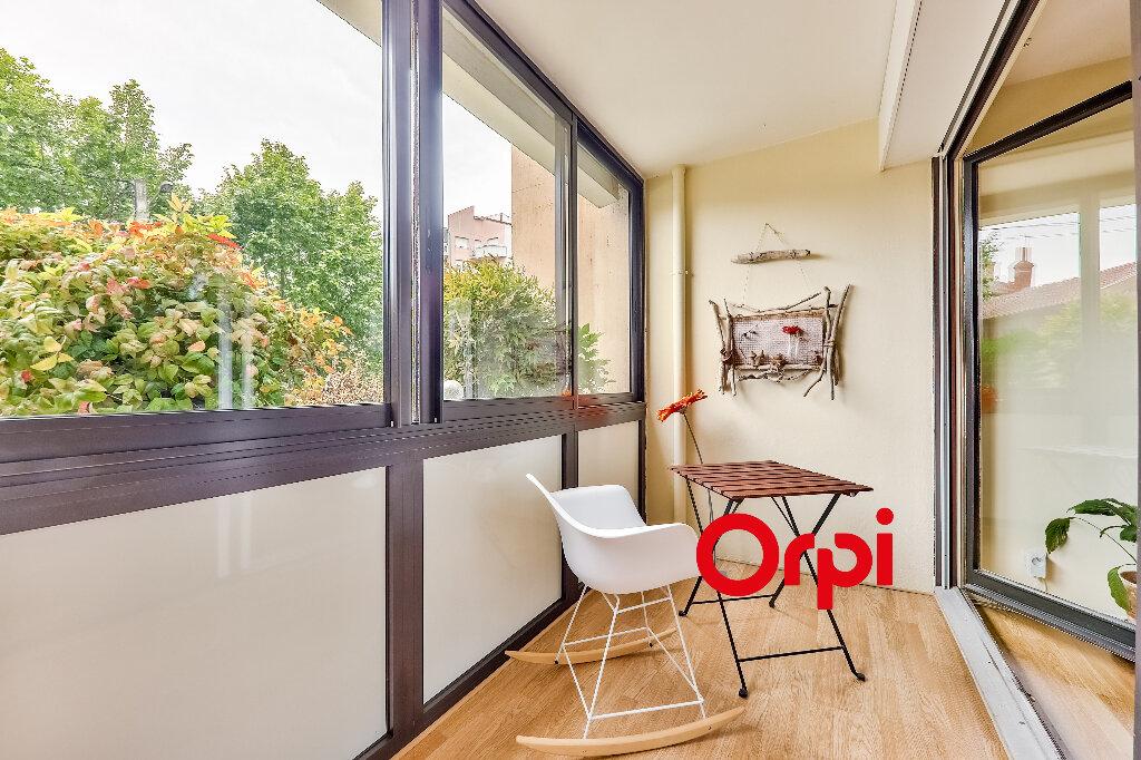 Appartement à vendre 5 114.86m2 à Villeurbanne vignette-3