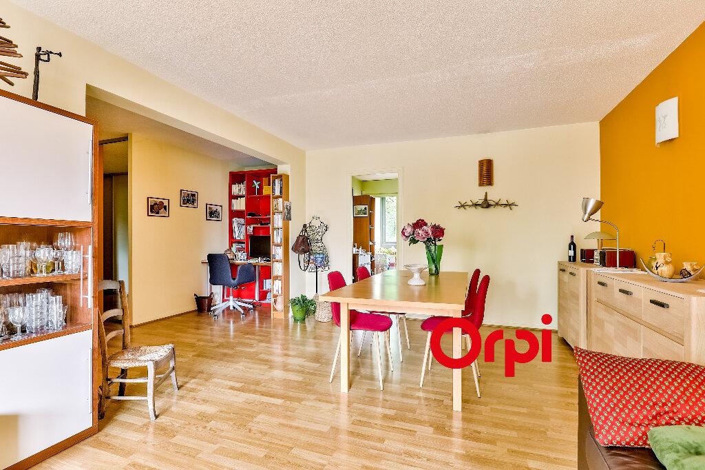 Appartement à vendre 5 114.86m2 à Villeurbanne vignette-4