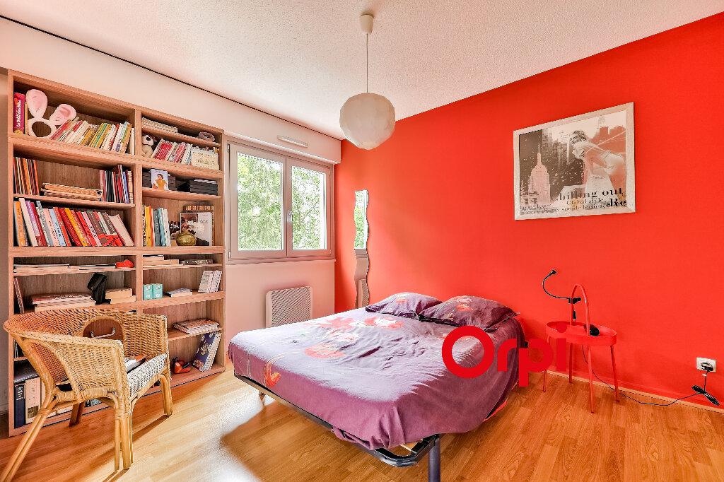 Appartement à vendre 5 114.86m2 à Villeurbanne vignette-8