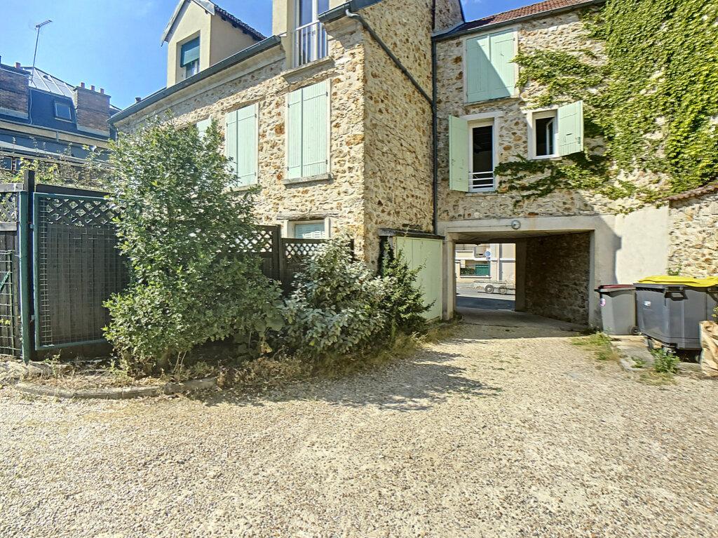 Appartement à louer 1 17.04m2 à Orsay vignette-1