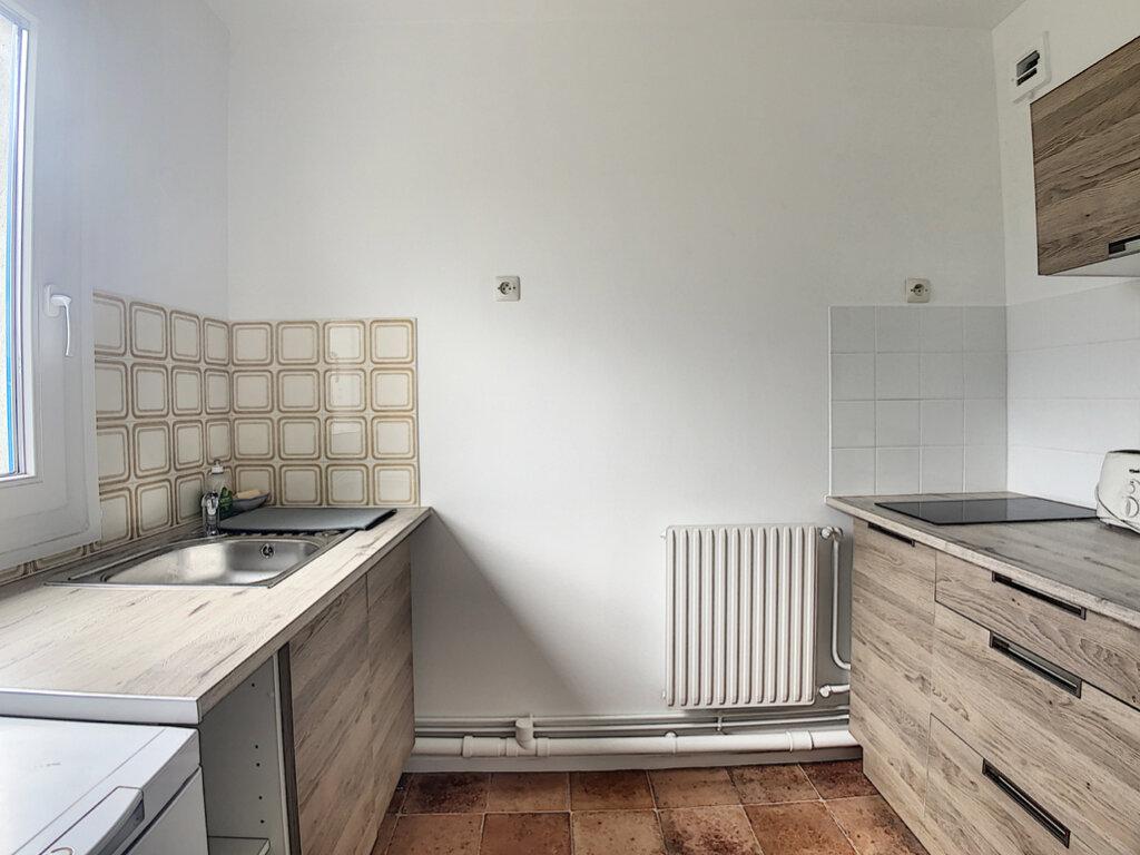 Appartement à louer 1 32.04m2 à Les Ulis vignette-6