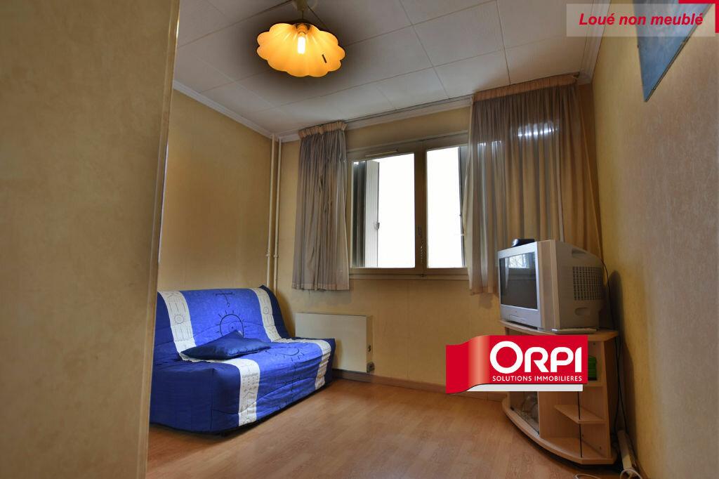 Appartement à louer 5 101m2 à Saint-Priest vignette-6
