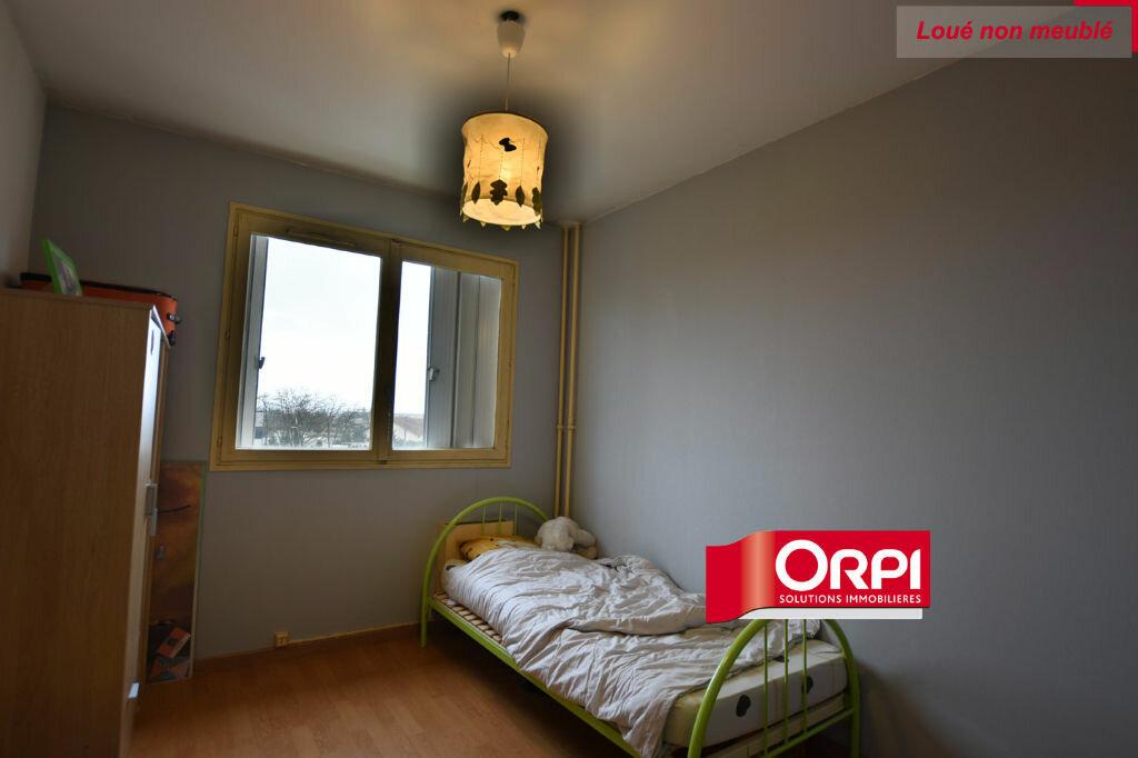 Appartement à louer 5 101m2 à Saint-Priest vignette-7