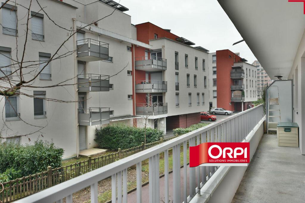 Appartement à louer 4 78.66m2 à Saint-Priest vignette-12