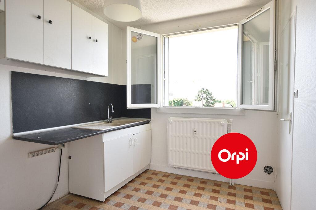Appartement à vendre 3 57.15m2 à Saint-Priest vignette-4