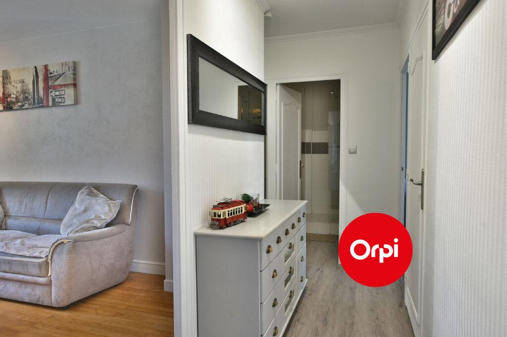 Appartement à vendre 3 57.79m2 à Saint-Priest vignette-4
