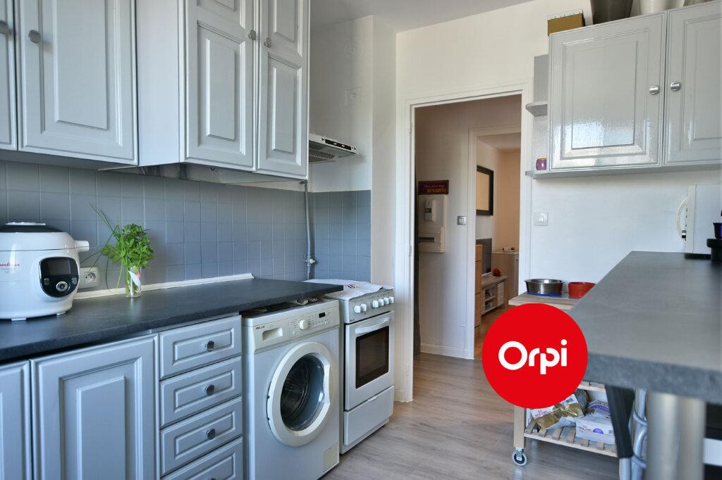 Appartement à vendre 3 57.79m2 à Saint-Priest vignette-5