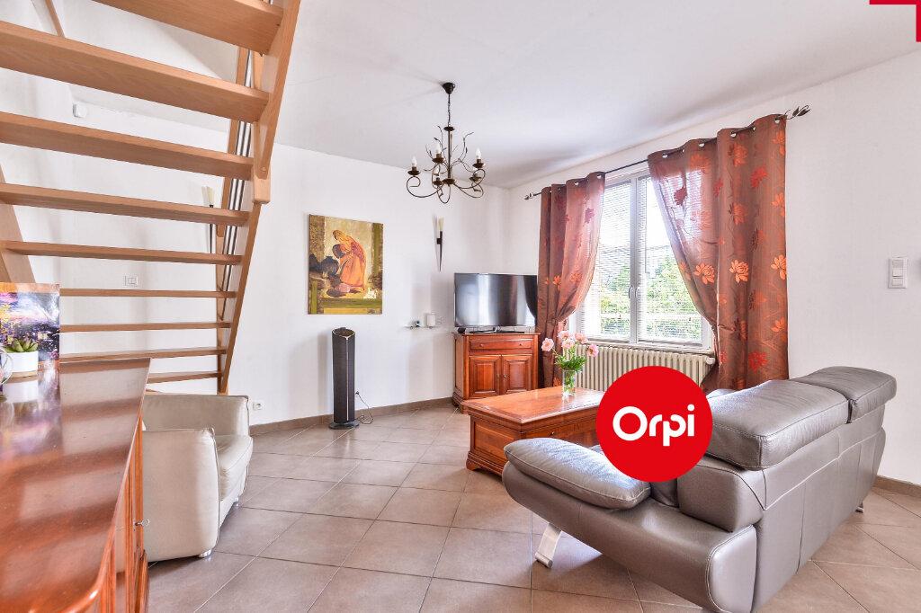 Maison à vendre 5 115m2 à Saint-Priest vignette-4