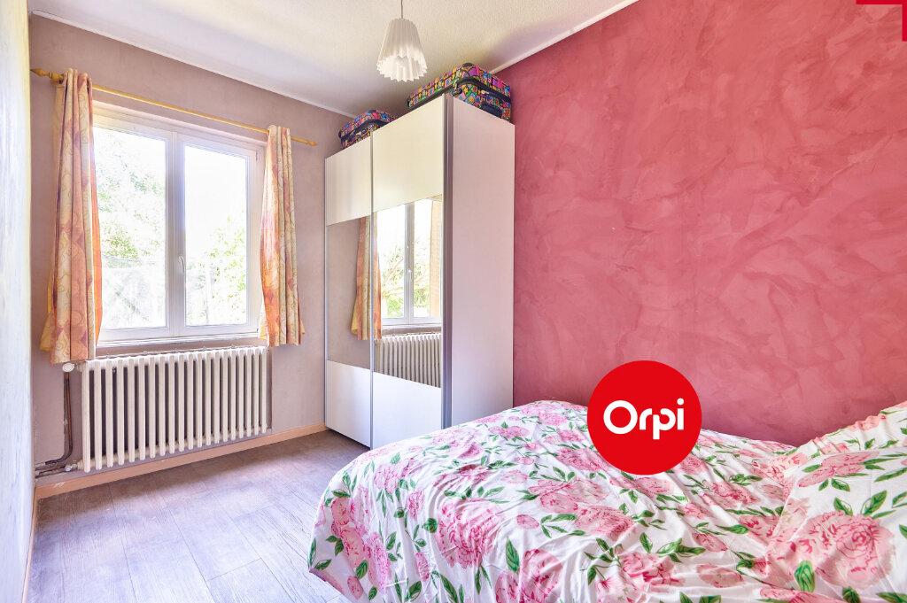 Maison à vendre 5 115m2 à Saint-Priest vignette-6