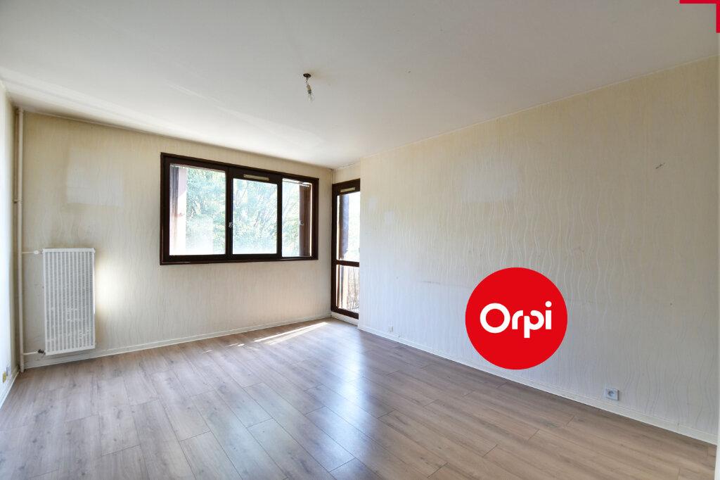 Appartement à vendre 3 69.39m2 à Saint-Priest vignette-7