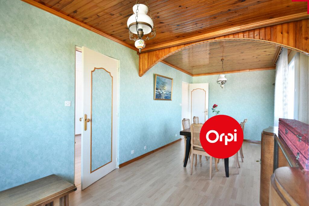 Appartement à vendre 4 73.23m2 à Saint-Priest vignette-5