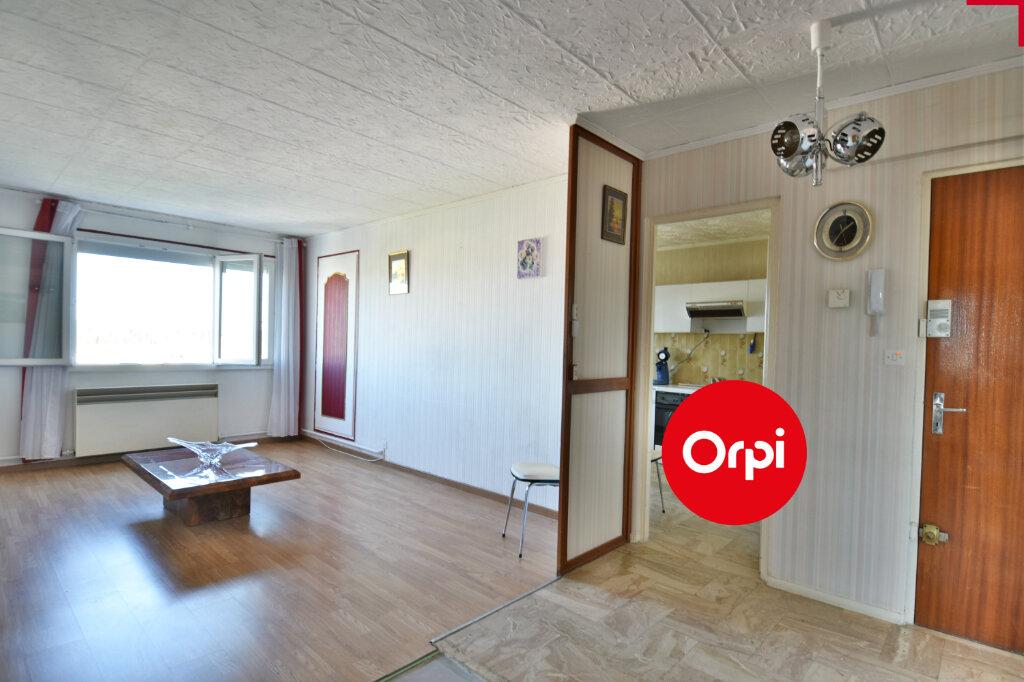 Appartement à vendre 4 73.23m2 à Saint-Priest vignette-9