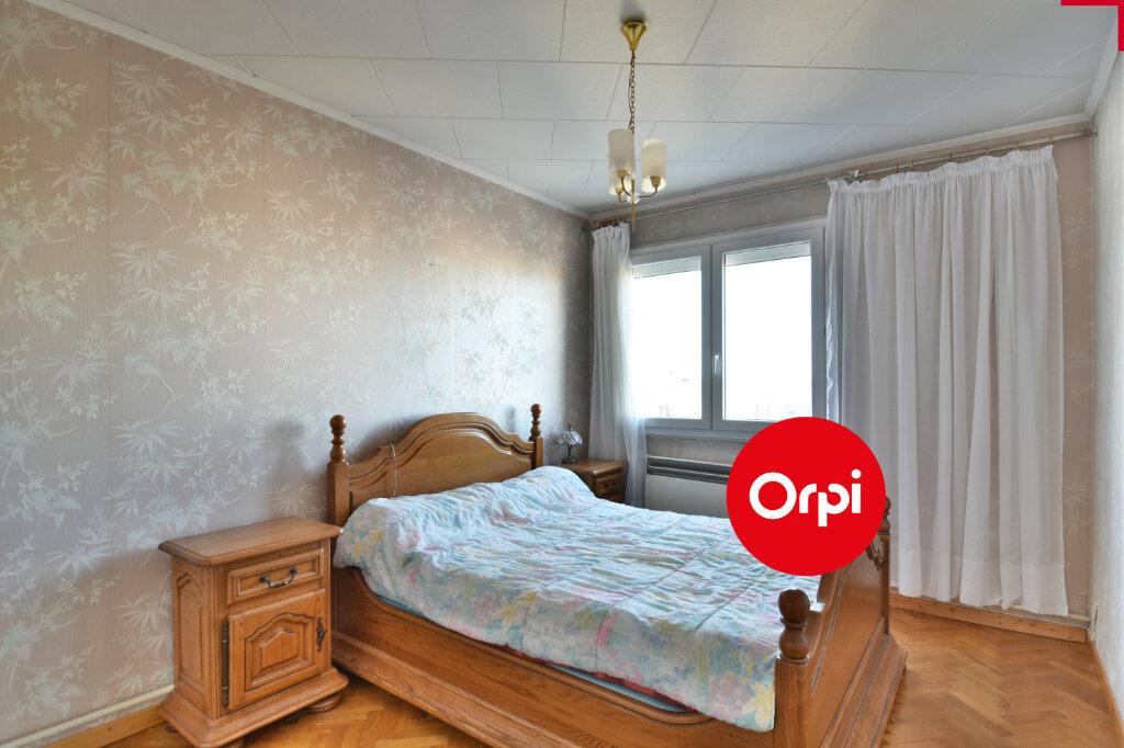 Appartement à vendre 4 73.23m2 à Saint-Priest vignette-13