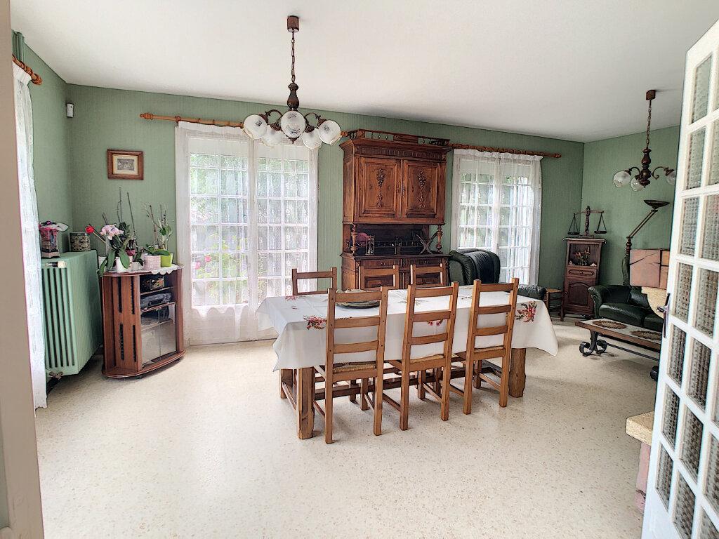 Maison à vendre 5 115.93m2 à Marsat vignette-2
