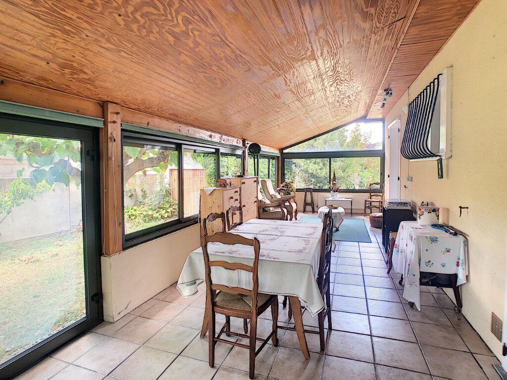 Maison à vendre 5 115.93m2 à Marsat vignette-3