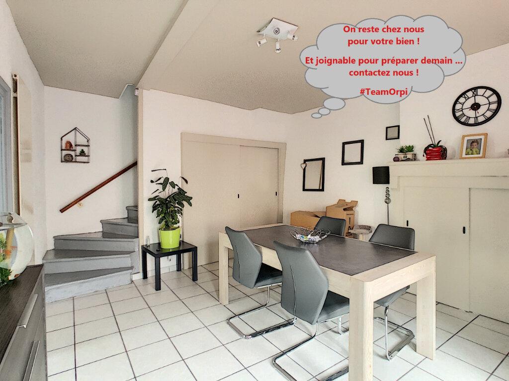 Maison à louer 4 78.98m2 à Volvic vignette-1