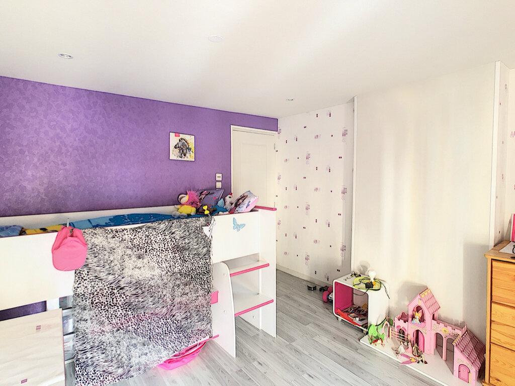 Maison à louer 4 78.98m2 à Volvic vignette-4