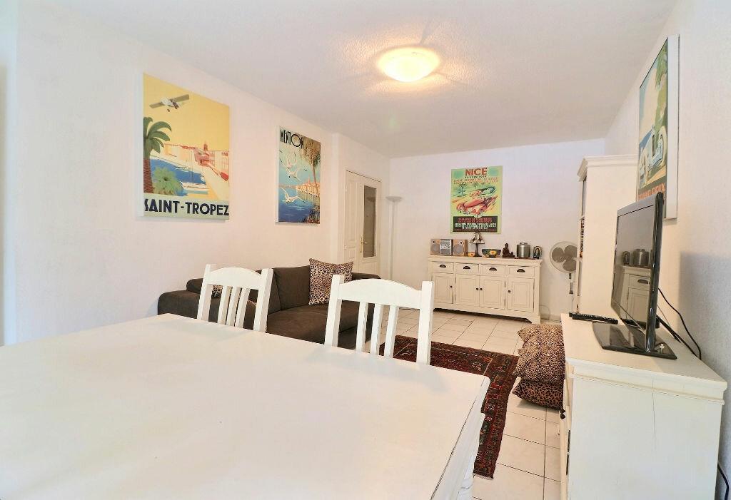 Appartement à vendre 3 54.17m2 à Menton vignette-2