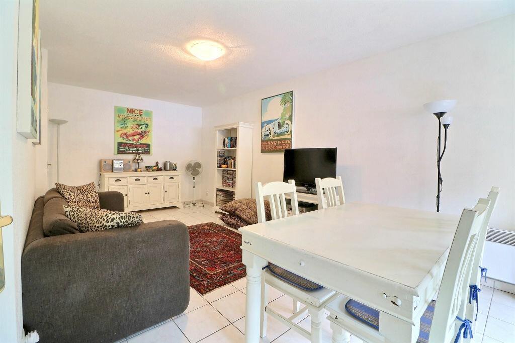 Appartement à vendre 3 54.17m2 à Menton vignette-3