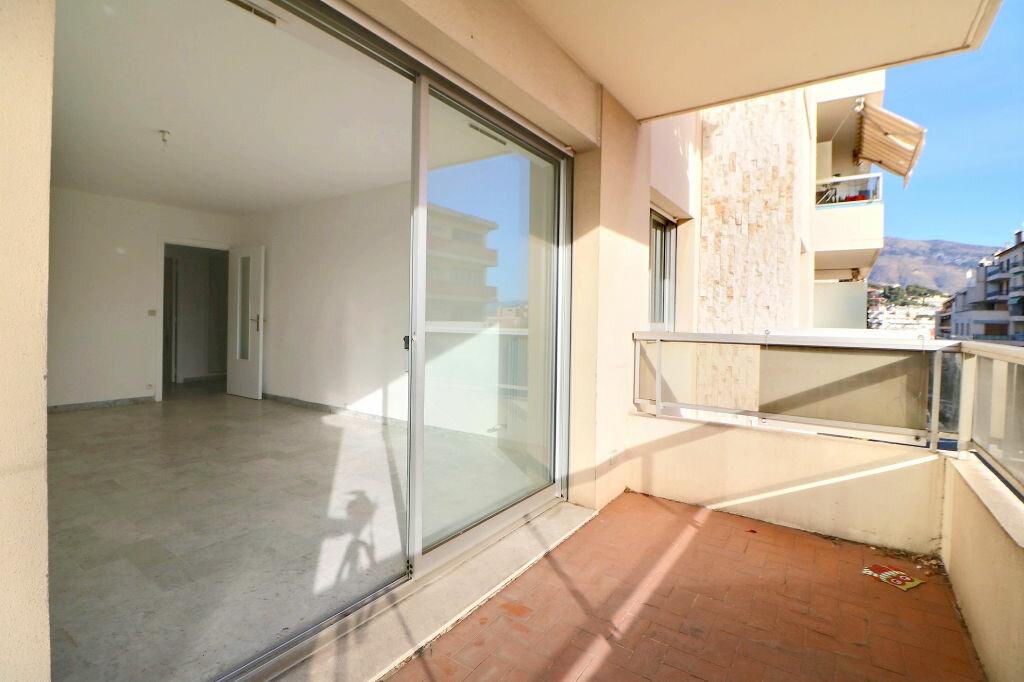 Appartement à vendre 3 69.7m2 à Roquebrune-Cap-Martin vignette-1