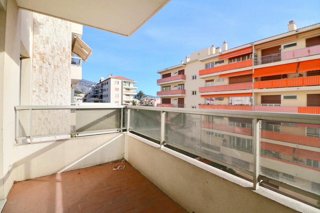Appartement à vendre 3 69.7m2 à Roquebrune-Cap-Martin vignette-13