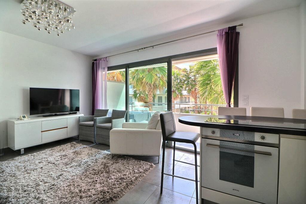 Appartement à vendre 3 56m2 à Menton vignette-2