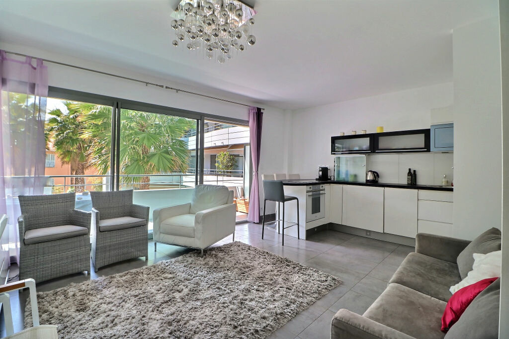 Appartement à vendre 3 56m2 à Menton vignette-3