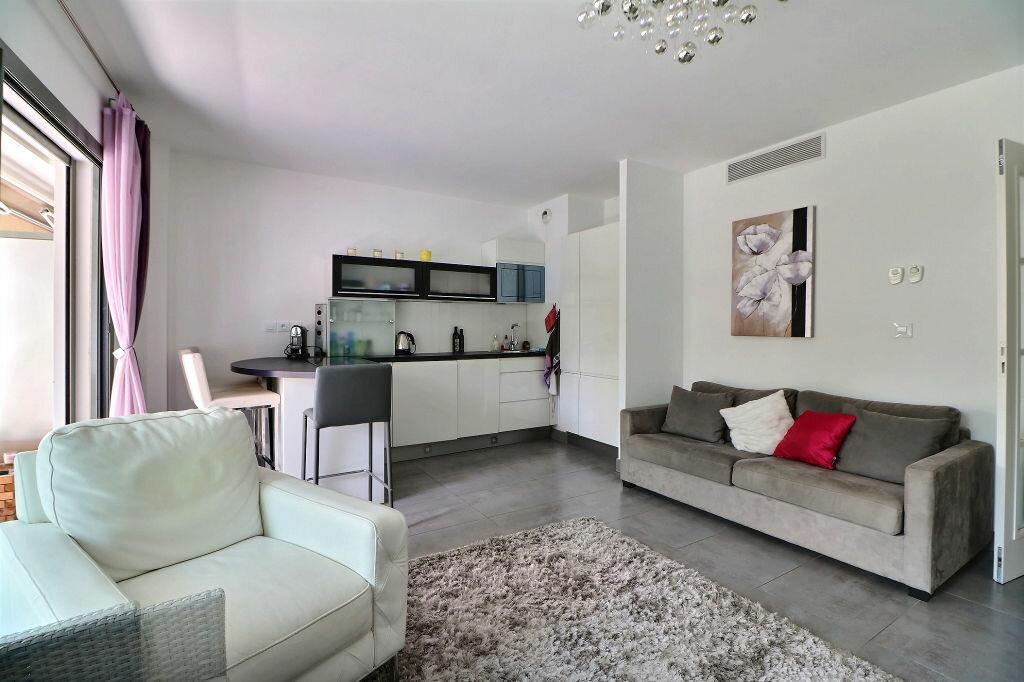 Appartement à vendre 3 56m2 à Menton vignette-4