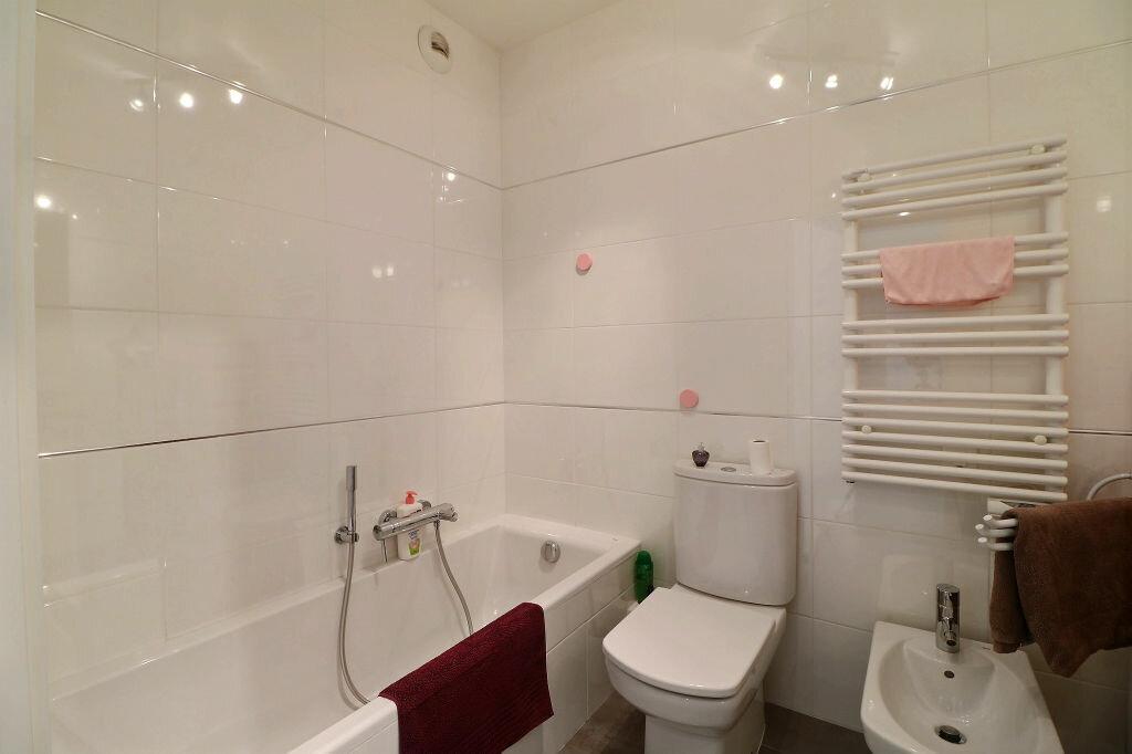 Appartement à vendre 3 56m2 à Menton vignette-10